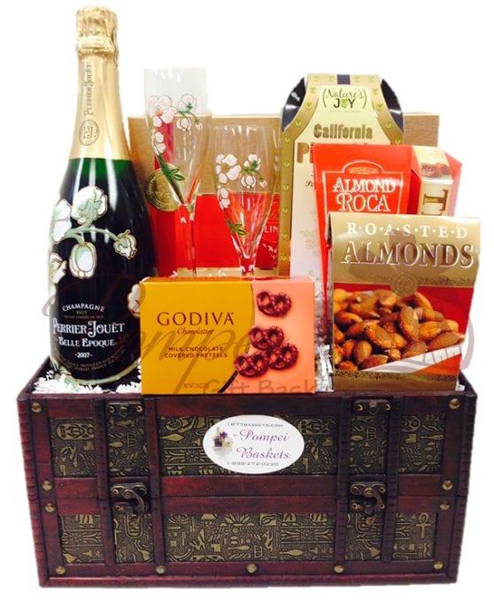 Beautiful Era Champagne Gift Basket