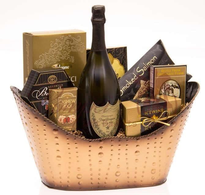 The Golden Dom Champagne Gift Basket