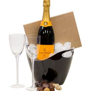 Simple Celebration Champagne Gift Basket, Veuve Clicquot Gift Basket, Veuve Clicquot Gifts, Engraved Veuve Cicquot, Veuve Cliquot Gifts NJ, Champagne Gifts NJ