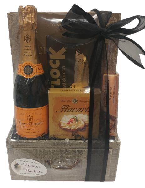 Mini Celebration Champagne Gift Basket, Engraved mini veuve clicquot, 375ml Veuve Gift Basket, Mini Veuve Gift Basket, Half Bottle Champagne Gifts, Small Champagne Gift Basket, Engraved Veuve Clicquot